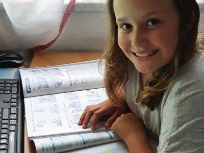 Linz, NMS der Franziskanerinnen, 2a, Lisa Binder  Jeden Tag Irregular Verbs lernen und wiederholen macht Spaß!