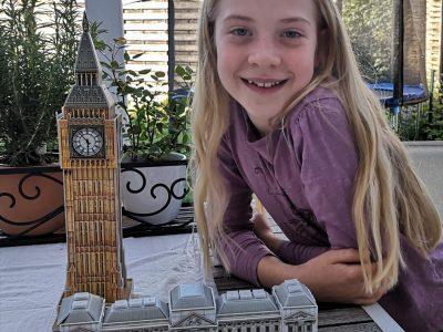 Schrobenhausen, Schrobenhausen Gymnasium Ich habe Buckingham Palace und Big Ben selbst gebastelt. Ich möchte sehr gern London besuchen. Lieblingsfach ist englisch.