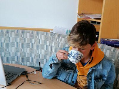 Völkermarkt   Dennis Schranz 1.b   Auch ich trinke gerne Tee