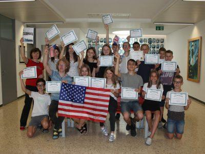 St. Marienkirchen TNMS  Die Schüler der 4.Klassen sind stolz auf die von ihnen erbrachten Leistungen!