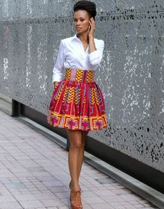 Berlin Ringelnatz Grundschule. The picture shows a nigerian model in an african dress. some african countries speak english for example Nigeria.