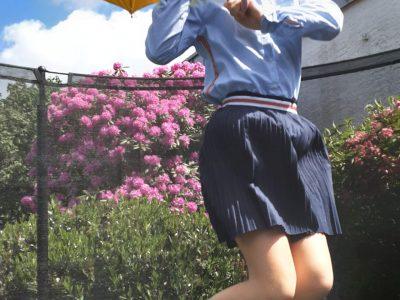 BIELEFELD RATSGYMNASIUM  Hallo ich bin Anni .Ich habe Mary  Poppins nachgestellt. Ich würde mich riesig über die Sportkamera freuen.