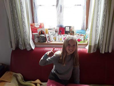 """Dientzenhofer Realschule Brannenburg   """"Me and my book famaliy """""""