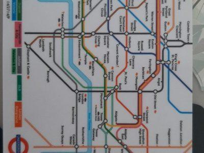 Hameln, AEG Hameln.   Dies, ist ein Stadtplan Londons.   Der Stadtplan hilft Menschen die in London nicht zurecht kommen.