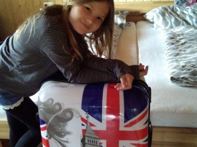 Asperg Friedrich-List-Gymnasium  Mein Lieblingskoffer und ich wollen zusammen mal nach London reisen❤️