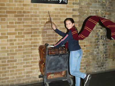 Auf den Spuren von Harry Potter:  Gleis 9 3/4 in London