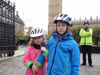 Gymnasim Edenkoben              Stadt: Edenkoben   ich mit den Big Ben