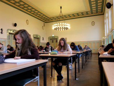 Niedersorbisches Gymnasium Cottbus  All students of grade 6 took part in the contest. Good luck!