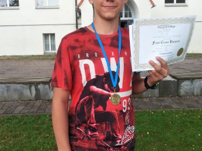 Niedersorbisches Gymnasium Cottbus Paul K. was surprised but happy about his School Award medal in level 3. Congratulations!