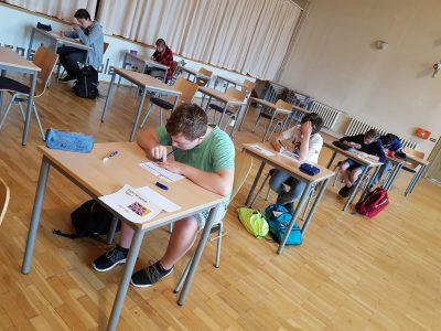 Oberschule Innenstadt Görlitz Blick auf Schüler von Klasse 8 und 9