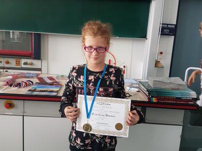 BIP Kreativitätscampus Neubrandenburg die Beste Schülerin in Klassenstufe 5: Djamila aus der Klasse 4b!!!