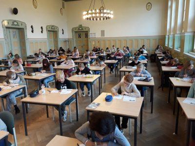 NIEDERSORBISCHES GYMNASIUM COTTBUS  Hardworking students of grades 5-7.