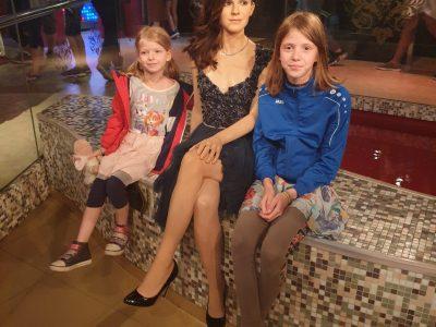 """Möser Sekundarschule   """"Ich mit Emma Watson bei Madame Tussauds in London - das war toll!"""""""