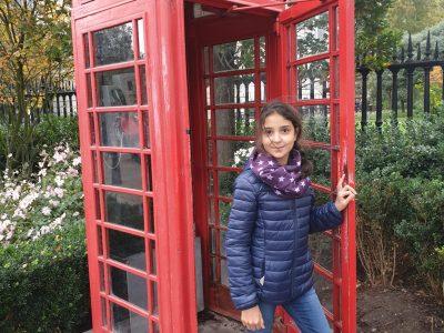 Düsseldorf Leibniz-Montessori-Gymnasium Ich war in London und finde typisch England sind diese roten Telefonzellen.
