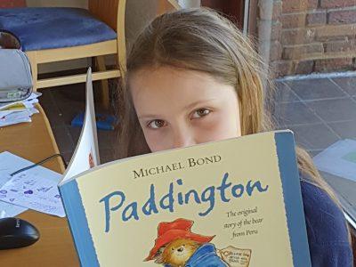 Stadt: Gladbeck Schule: Städt. Ratsgymnasium Dieses Buch habe ich in meiner Freizeit zusätzlich zu meinen Schulaufgaben gelesen. Es hat mir viel Spaß gemacht zu lesen, wie Paddington nach London kam und was er dort erlebt hat.