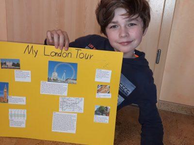 Stadt: Freital Schule: Gymnasium Wilsdruff  Das ist meine London Tour. Da solten wir uns eine eigene London Tour ausdenken und drei Sehenswürdigkeiten beschreiben. Außerdem sollten wir uns ein Hotel, U-Bahn und Mittagessen aussuchen.   Moritz