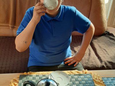 Stadt Esens (Ostfriesland)  Niedersächsisches Internatsgymnasium Esens (NIGE)  Die Engländer trinken nach den Ostfriesen gerne Tee!