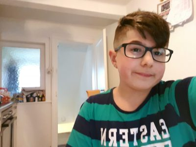 Neckarbischofsheim, Adolf-Schmitthenner-gymnasium          Hello my name is Yusuf.I' eleven years old and i love my school so so munch. I hole i win the camera ❤❤❤