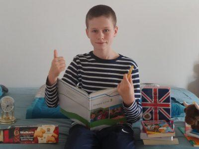 """Nürnberg, Sigmund-Schuckert-Gymnasium, Benjamin Naumann """"Ich lerne die neue Englisch-Vokabeln und esse dabei Shortbread"""""""