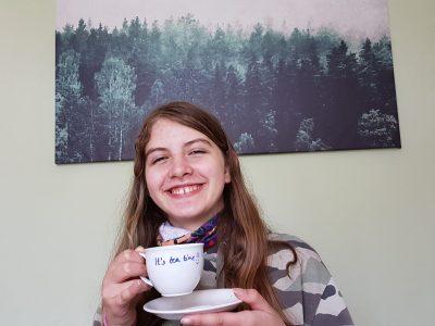 Bergisch Gladbach, Gymnasium Herkenrath It's tea time! :-)