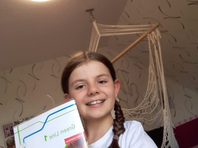 Harsefeld, Aue Geest Gymnasium Klasse : 5F1 Name:Pia von Allwörden  The picture is from me  with  my English -Workbook . I am very happy to participate!  Best regards.