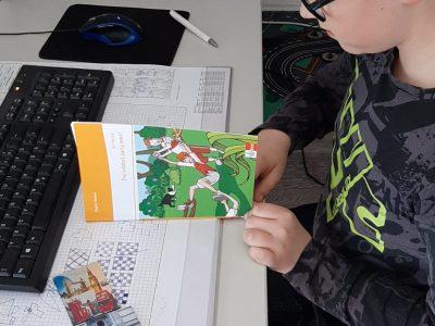 Niklas -Luhmann -Gymnasium  Oerlinhgausen  nach der Big Challenge erstmal ein englisches Schulbuch lesen :-)
