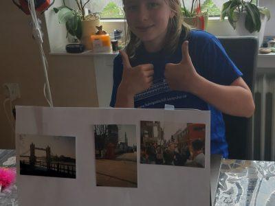 Sophie Wirkner, aus der Gemeinschaftsschule Oberhausen -Rheinhausen als sie fertig mit dem Test war. Klasse 5A  Sie war total aufgeregt aber es hat ihr riesen Spaß gemacht.