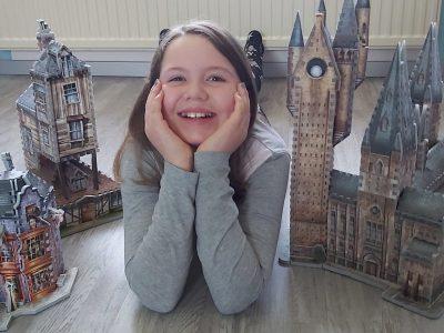 Werratalschule Heringen/ Werra Melinda Lein Zauberschule Hogwarts, Zauberladen der Weasly Zwillinge und der Fuchsbau. Harry Potter ist In und um London und in Schottland gedreht wurden. Alle Bücher gelesen und Filme geschaut.