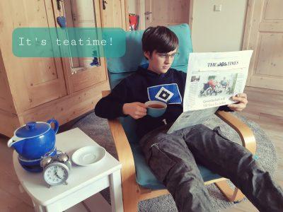Eilun Feer Skuul 5C (Thorge Nahmens) Wyk auf Föhr     Five 'o clock: It's teatime