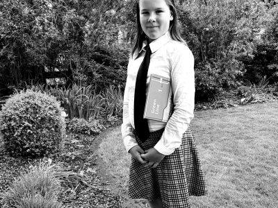 Gymnasium Rahden  Ich habe mich auf dem Foto als eine Englischschülerin angezogen, weil ich glaube dass das gut zum Thema passt.