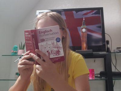 Ich bin aus Nordrhein-Westfalen,Dorsten aus der Schule Gymnasium Petrinum und zeige hier das England auch zuhause sein kann