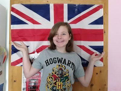 Vahingen, Stromberggymnasium Ich mit meiner Englang Flagge:)