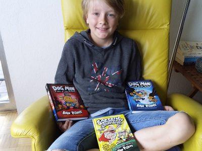 Tönisvorst Michael Ende Gymnasium  Nicht nur englische Schulbücher lesen macht Spaß : )