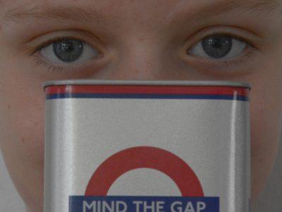"""Lilienthal, Gymnasium Lilienthal """"MIND THE GAP"""" - DIE charakteristische Ansage in Londons Underground."""