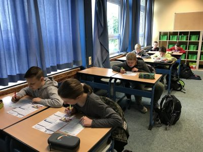 Sekundarschule Warburg  Looking for the right solution!