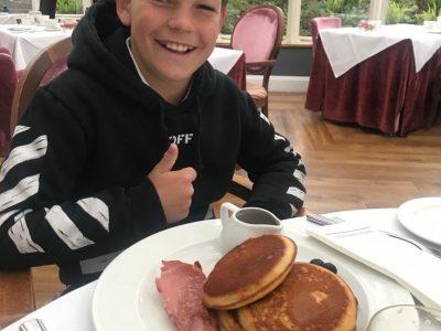 Mönchengladbach Bischöfliche Marienschule Pancakes with bacon my favourite english breakfast !