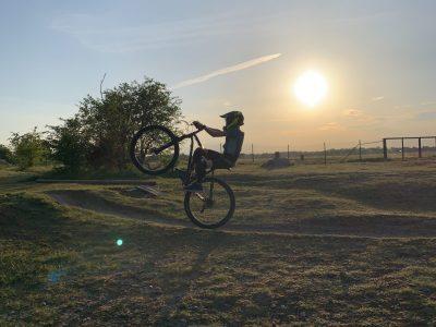Unterschleißheim, Carl-Orff Gymnasium  My Helmet, and my bike is from a English brand
