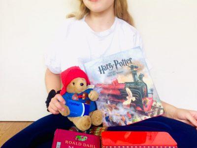 Ich war schon einmal in London, dort haben wir Freunde besucht und wir waren in Brighton am Strand. Ich liebe Paddington und Harry Potter, aber am besten gefallen mir die Geschichten von Roald Dahl! Best, Ada Kopetzky