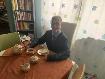 Biedenkopf, Lahntalschule A cup of tea solves everything.