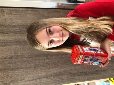 Köln, Johann Gottfried Herder Gymnasium Diese Telefonzellenspardose habe ich von meinem Besuch aus Großbritannien bekommen. Sie war gefüllt mit Jelly Beans :-)