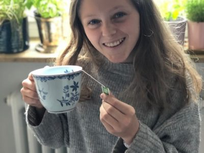 Nürnberg, Hans Sachs Gymnasium.  Tee ist für die Engländer sehr wichtig