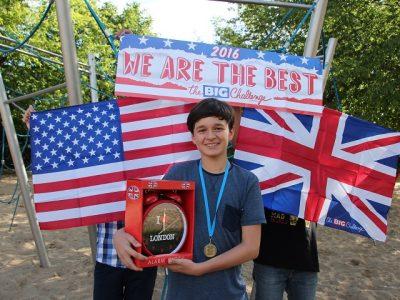 Frankfurt(Oder) Grundschule Lenné Herzlichen Glückwunsch für Mustafa für seine Verbesserung zum Vorjahr