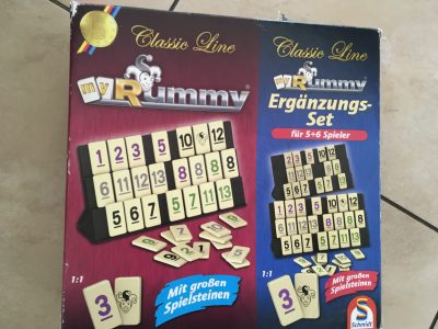 STADT Rheine Schule Emsland- Gymnasium    Our lovely family game is Rummy.