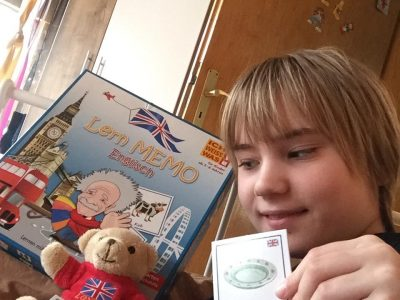 Brühl, Max-Ernst-Gymnasium Learning vocabulary with your friend from London! :P
