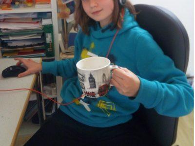 Dresden, Dymnasium Klotzsche: Beim Homeschooling braucht man erfrischende Getränke in der richtigen Tasse. Cheers!