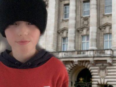 Staatliches Gymnasium Friedberg 86316 Friedberg Leider hat mir Corona meinen Traum versaut: Einmal vor dem Buckingham Palast zu stehen.
