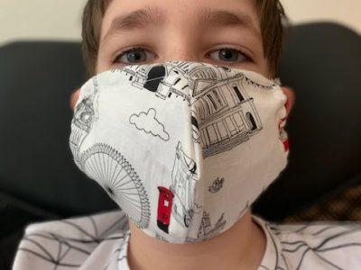 IGS Polch  Ich habe gedacht wenn alle schon mit einer Maske rumlaufen müssen mache ich doch gleich eine schöne Englandmaske.  :-)