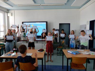 Die Klasse 6a des BIP Kreativitätscampus Neubrandenburg konnte ihre Preise erst im neuen Schuljahr in Empfang nehmen.