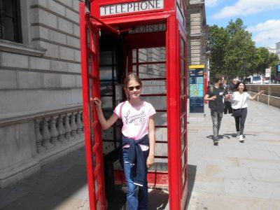 Stadt: Achern Schule: Gymnasium Achern Kommentar: Me in a phone booth in London :)