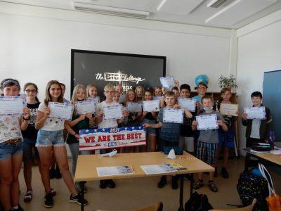 """Die Teilnehmer der 6. Klassen des BIP Kreativitätscampus Neubrandenburg hatten viel Spaß beim Üben und Lernen mit Big Challenge - sogar in der Zeit des """"Homeschooling""""."""
